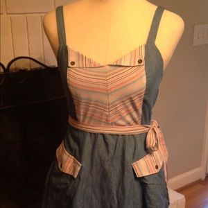 Mod cloth fit and flare dress size small